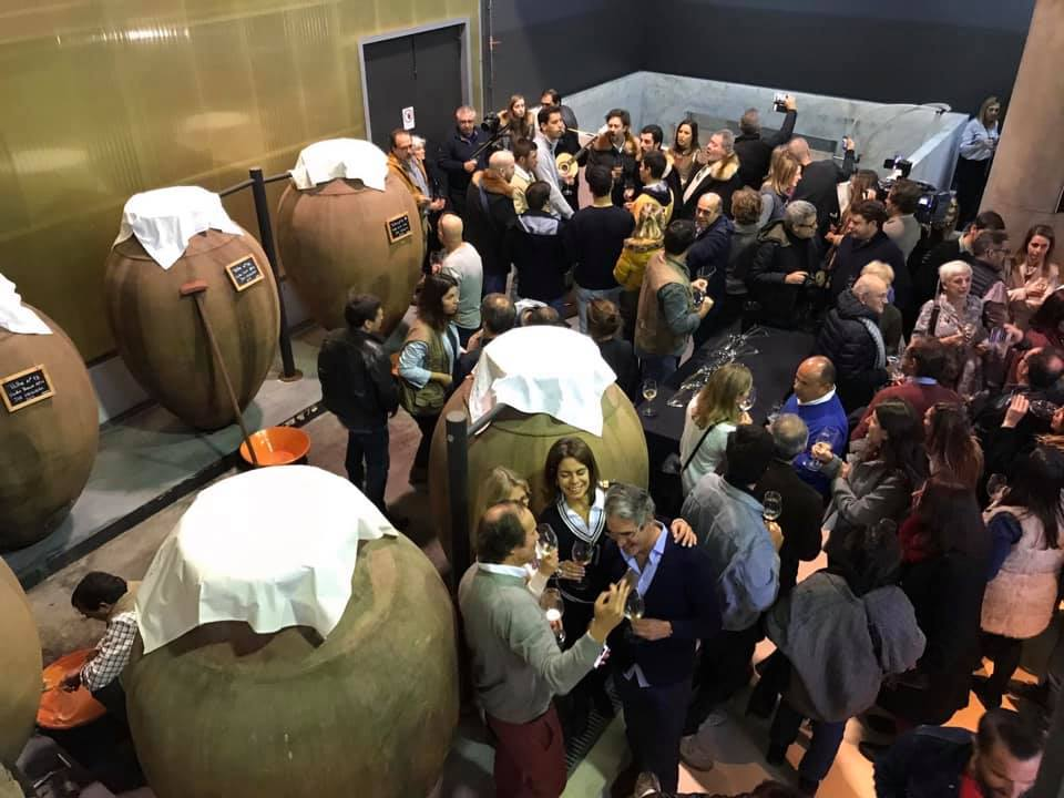 """Typical Alentejo wine-jars called """"talhas"""". The 2019 edition of Amphora Wine Day"""